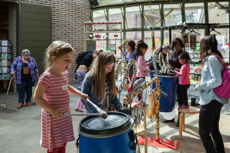 Families in the 'Recycled Rhythms' workshop © Geffrye Museum of the Home